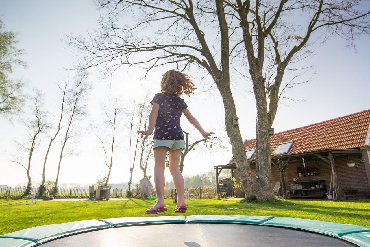 trampolino elastico benefici